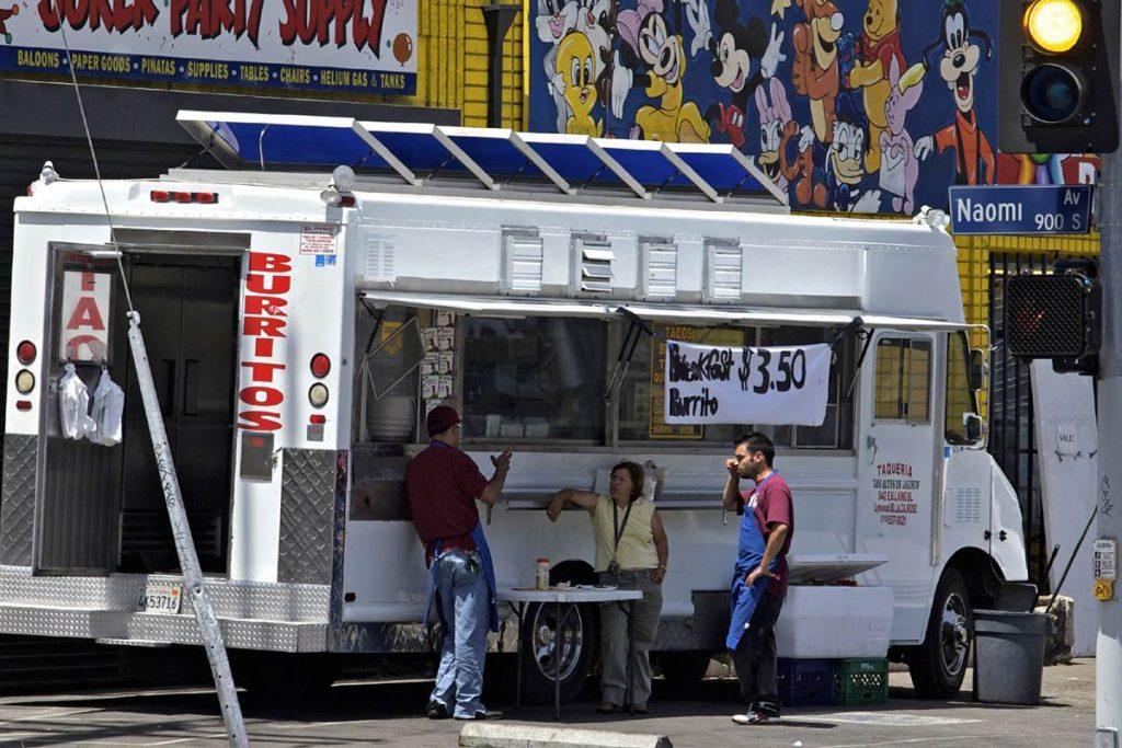 160902-taco-truck-mn-1030_be68fda21df8366bcc2459a267f98c0f-nbcnews-fp-1200-800